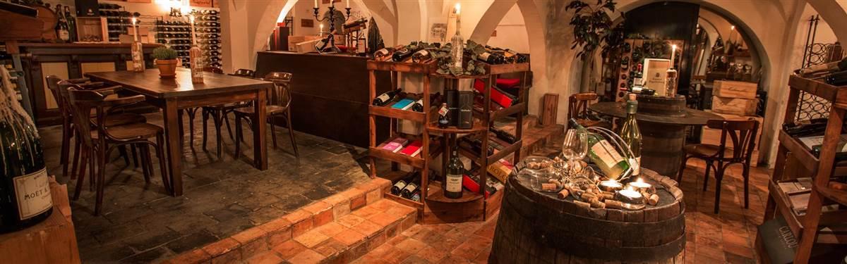 Zuid afrikaanse wijnen wijnkelder kasteel engelenburg - Wijnkelder ...